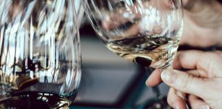 What Does Wine Taste Like?