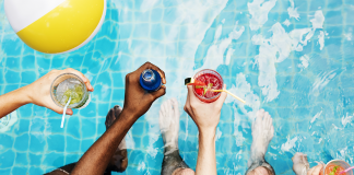 Jazz Up Your Pool Party With Amazing Floating Wine Glasses